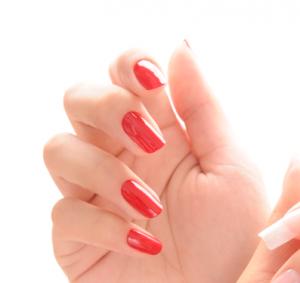 ネイル検定3級赤塗り